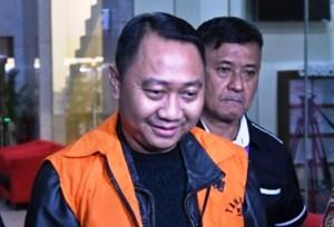 Hari Ini, Hakim Bacakan Vonis Kasus Korupsi Agung