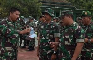 Dandim Tanggamus Periksa Kelengkapan Surat Kendaraan Personel TNI
