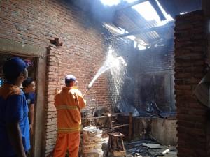 Rumah Produksi Keripik Singkong Terbakar