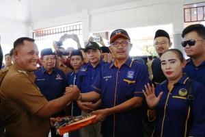 DPD Partai Nasdem Pesibar Bantu Korban Tsunami
