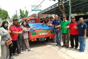 RAPI Pringsewu Kirim Bantuan Korban Banjir Di Semaka
