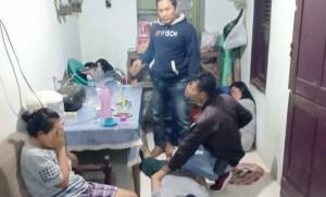 DP Bersama Pacar Dan Ibunya Ditangkap Saat Pesta Sabu