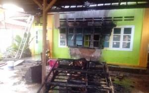 Satu Rumah Di Metro Nyaris Ludes Terbakar