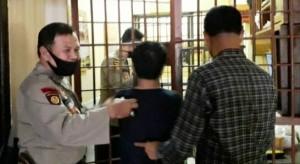Oknum ASN Ditangkap Sedang Nyabu Bersama Seorang Perempuan Di Kontrakan